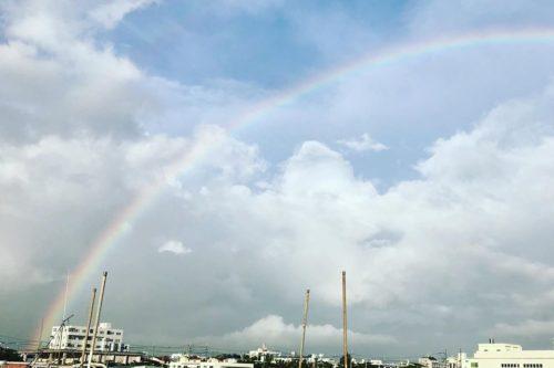 石垣島の空に虹